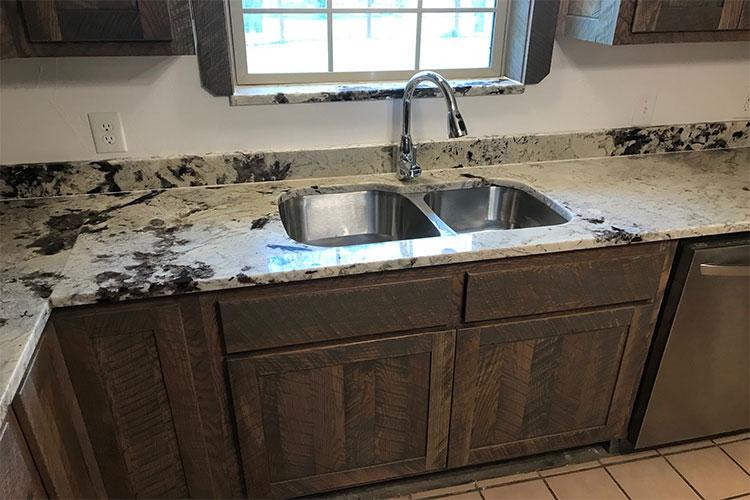 Custom Kitchen Sink & Countertop
